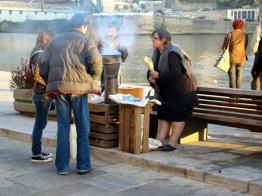 Vendedora de castanhas, Porto, Portugal