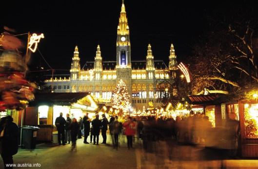 Viena, capital da Áustria, a noite