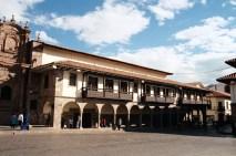 Arquitetura colonial espanhola, em Cusco, Peru