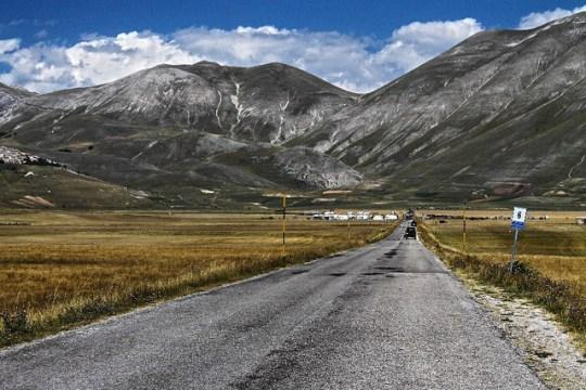 Estrada rural na Calábria,
