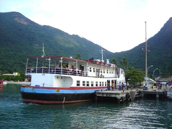 Ferry de Angra dos Reis para Ilha Grande