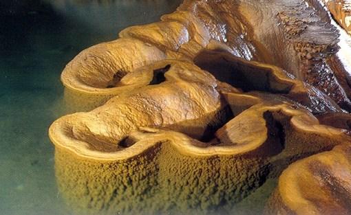 Formações calcáreas, Gouffre de Padirac, França