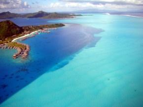 Bora Bora fotografada de um helicóptero
