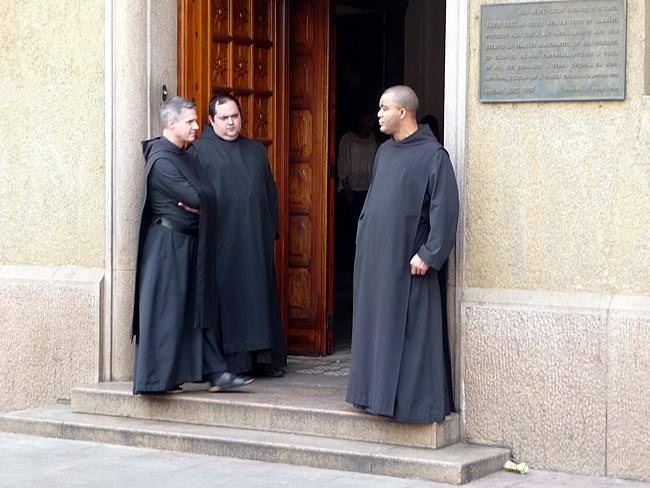 Monges no Mosteiro de São Bentro, São Paulo