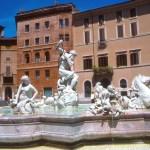 A elegante Piazza Navona, em Roma