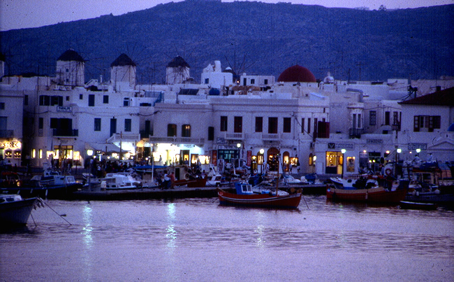 Porto de Mikonos, Grécia