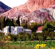 Rochedos coloridos em Purmamarca, Argentina