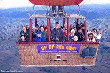 Voo de balão próximo aos Alpes Neo-Zelandeses