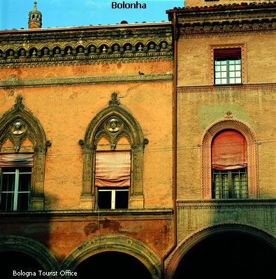 Bologna, arquitetura
