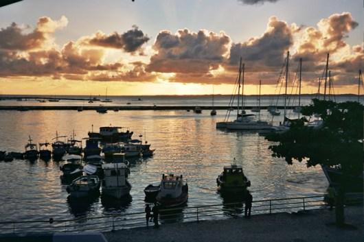Pôr do sol em Salvador, na Bahia
