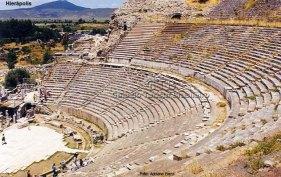 Hierápolis, ao lado de Pamukkale, Turquia
