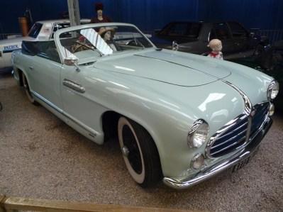 Carro antigo Musée do automovile, Reims, França