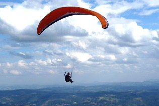 Paraglider em Atibaia, Pedra Grande