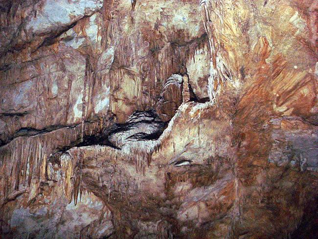 Caverna do Diabo, a 40 km de Eldorado