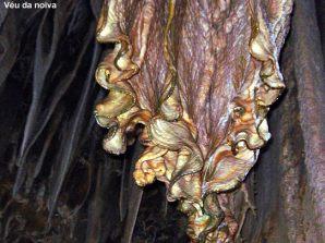 Caverna do Diabo, formação translúcida