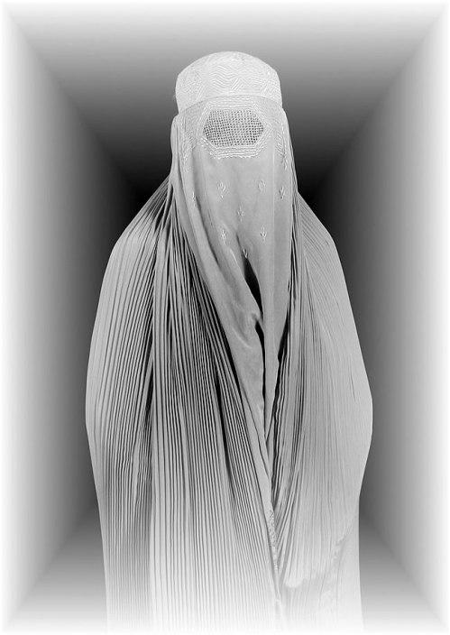 Mulher vestindo uma burka, Afeganistão