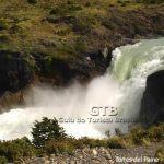 Cachoeira em Torres del Paine