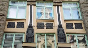 Construção Art-Deco, em Tallinn, Estonia