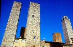 As torres gêmeas de San Gimignno