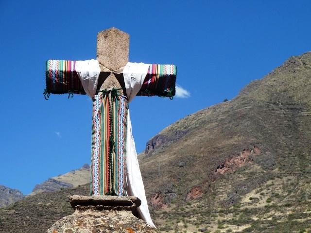 Cruz em Pisac, Vale Sagrado dos Incas, Peru