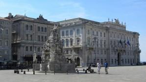 Piazza de l'Unita d'Italia - Trieste - Foto Stephen Colebourne CC BY