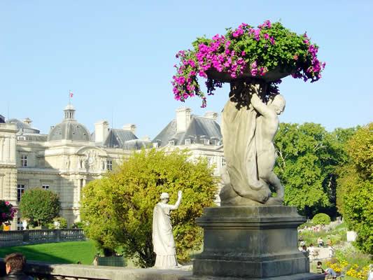 Jardin de Luxembourg Quartier Latin. Paris