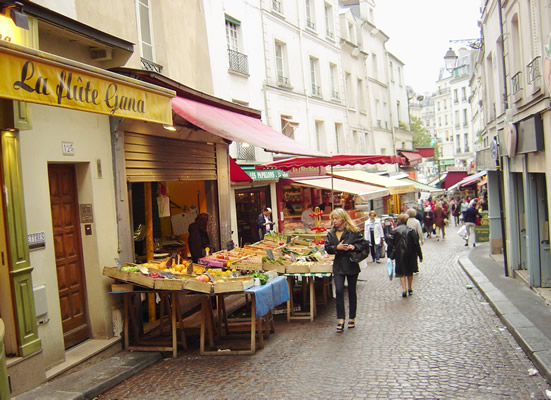Rue Mouffetard, Paris, França