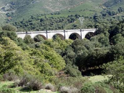 Córsega - de Cavi a St-Laurent, ponte da época dos romanos