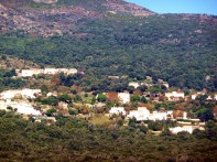 Cape Corse, aldeia nas montanhas