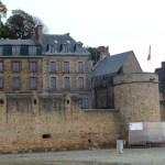 As muralhas do Mont Saint-Michel