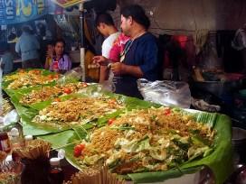 Banca de comida na rua