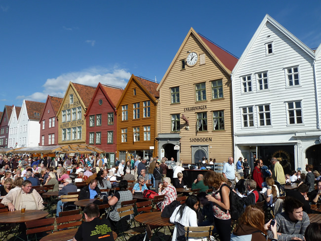 Verão em Bergen, na Noruega