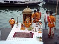 Santuário junto do Ganges