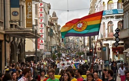 Portugal, Parada Gay - dezanove.pt