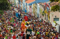 Olinda, encontro dos bonecos gigantes - Foto Prefeitura de Olinda CCBY