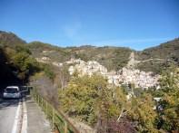 Castelmezzano vista da estrada