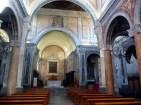 Interior do Duomo de Ostuni, Itália