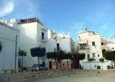 Polignano Al Mare, pequena praça da cidade velha