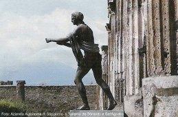 Os Césares e mundo romano: ruinas romanas de Pompeia, Itália