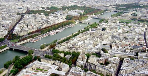Vista aérea, rio Sena, Paris