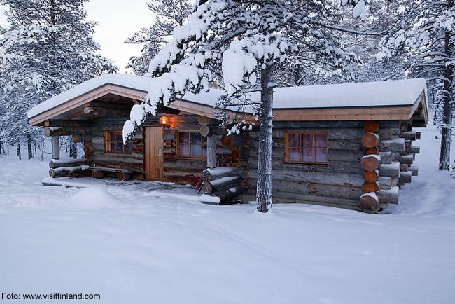 Finlândia, chalé no invernoi