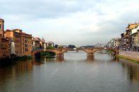 Florença, Itália, o rio Arno