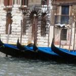 Gôndolas em Veneza, na Itália