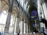 Interior da catedral de Reims