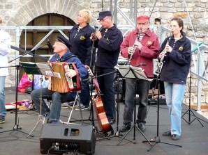 Músicos de rua em Reims