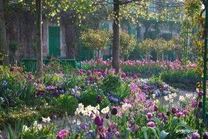 Casa e Jardim de Claude Monet à Giverny na primavera - Fondation Monet