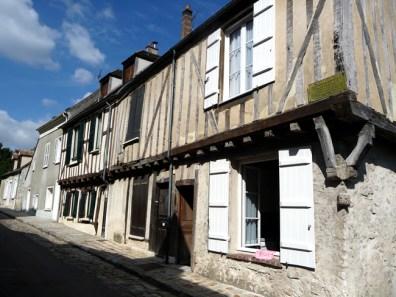 Rua em Provins, França