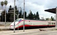 Trem em Bari, na Itália