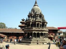 Templo estilo shikara, Patan, Nepal