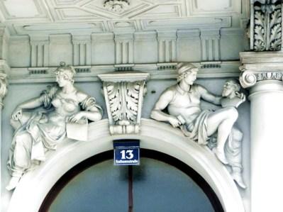 Decorção art-déco em edifício de Viena